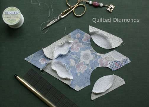 Hand piecing a diamond with curves